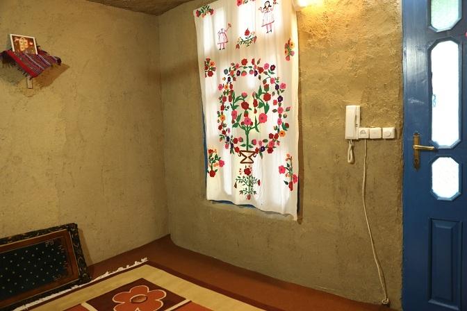 اتاق نسترین-اقامتگاه عمو قدرت (3)